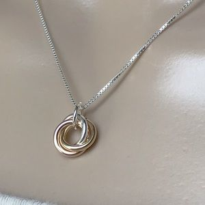 Jewelry - Sterling Silver Three Circles Infinity Necklace